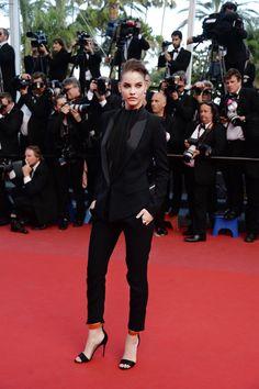 """Festiwal Filmowy w Cannes 2013: Barbara Palvin na premierze filmu """"Behind the Candelabra"""", fot. serwis prasowy"""