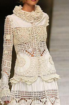 Crochet Dresses Kenzo at Paris Fashion Week Spring 2006 - StyleBistro - Kenzo at Paris Fashion Week Spring 2006 - Details Runway Photos Pull Crochet, Mode Crochet, Crochet Lace, Crochet Blouse, Crochet Flowers, Fashion Week, Boho Fashion, Fashion Design, Paris Fashion