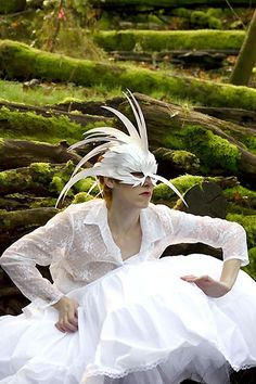 *White headdress inspiration/ bird mask/ anthropomorphic fashion*