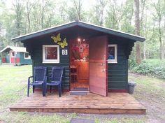 Trekkershut   camping Wedderbergen   Groningen. Basic overnachtings accommodatie voor 2 of 4 personen.