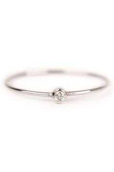 Tiny and Simple #Engagement #Ring  This is exactly what I've told everyone what i wanted for years when it comes to my future engagement ring!!!
