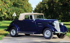 1934 Plymouth Model PE Convertible Coupé.