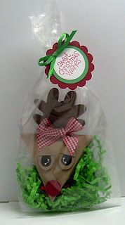 Reindeer Triangle Treat Boxes