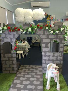 Fairytale castle dramatic play area Castle Theme Classroom, Classroom Themes, Classroom Displays, Preschool Classroom, Dramatic Play Area, Dramatic Play Centers, Fairy Tales Unit, Sunday School Classroom, Role Play Areas