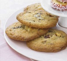 Gooey chocolate cherry cookies ~ Cooking Recipes Land