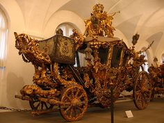 New Dress Coach of Ludwig II (1871). In the Marstallmuseum of Nymphenburg.