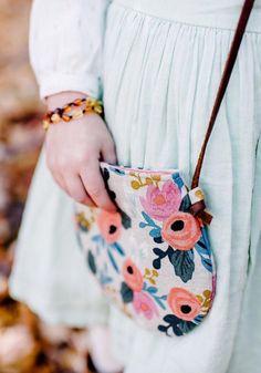 Little Girls Handmade Floral Purse Diy Bags Purses, Cheap Purses, Purses For Sale, Purses And Handbags, Handbags On Sale, Luxury Handbags, Popular Purses, Kids Purse, Diy Handbag