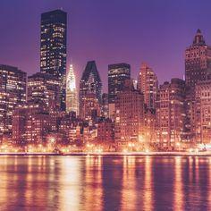 New York City Feelings - Manhattan at dusk by @travelinglens