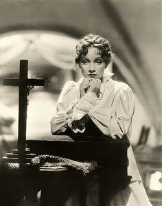 Marlene Dietrich as Anna Sedlak in 'I Loved a Soldier', 1936