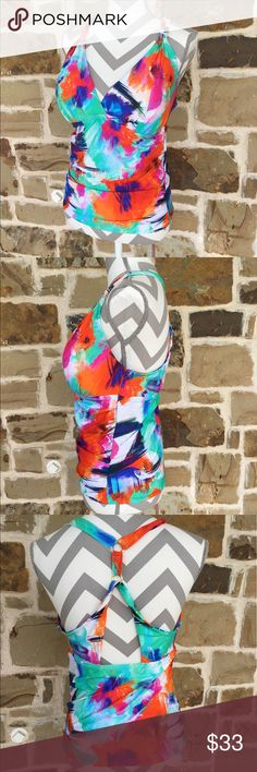 La Blanca Swim Top Gorgeous colors!  Purchased at a beach boutique in Pensacola, Florida.  Worn once!  Excellent condition.  Light padding in cups.  Size 14.  Very figure flattering! 😽😽 La Blanca Swim