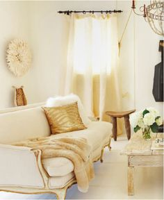 Cream and gold living room - well if I didn't have kid ;)