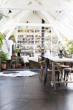 Home of garden architects Bart Haverkamp and Pieter Croes (Antwerp, Belgium)