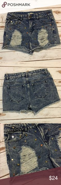 "Studded Distressed Cutoffs Purchased at Nordstrom. Gently worn studded distressed cutoff shorts. Rise 9"" Length from waist 11.5"". Reasonable offers considered through offer button. NO TRADES Love Fire Shorts Jean Shorts"