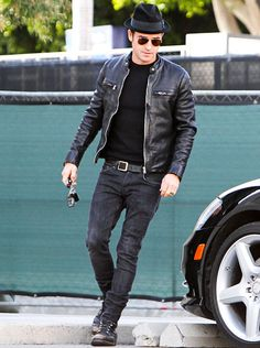 Jen's Man in Black Justin Theroux -- clad in black jeans, a black T-shirt, a black leather jacket, and a black fedora — stepped out in West ...