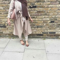 neutral hijab chic style- Colorful fashionable hijab outfits…