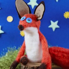 Transform masses of wool roving into soft sculpture animals using a barbed needle and felting pad. This little fox was inspired by the movie, The Little Prince.