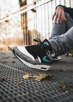 check out 25580 300ca The Nike Air Max 1 Atmos 908366 001 is going to be the highlight of this
