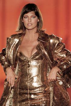 Linda Evangelista Versace