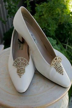 art deco bridal shoes | Wedding Art Deco pink aurora borealis rhinestone bridal shoe clips ...