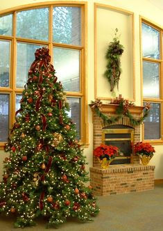 Holiday: Extraordinary Traditional Christmas Tree Decorating Ideas: Fireplaca And Interior Rooms Christmas Tree With Red Ribbon Decorating Idea And Awesome Classic Brick Exposed Fireplace ~stakeyourclaimny.com Inspiration