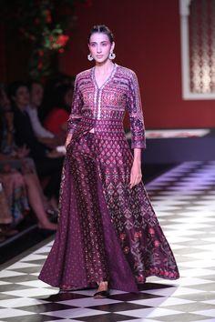 By designer Anita Dongre. Bridelan - Personal shopper & style consultants for Indian/NRI weddings, website www.bridelan.com #AnitaDongre #IndiaCoutureWeek2016 #weddinglehenga #Bridelan #BridelanIndia.