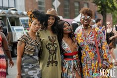 Festival fashion is always fleeky—and Afropunk didn't disappoint. The Afropunk movement got its legs from the documentary Afro-Punk: A 'Rock Dope Outfits, Chic Outfits, Black Girls, Black Women, Concert Hairstyles, Punk Mode, Afrocentric Clothing, Afro Punk Fashion, African Models