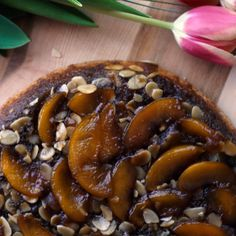 A peach upside down cake is here to show pineapple who's boss.