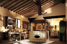 Country Style Kitchen Pictures From Marchi Cucine Old Country Kitchens, Country Kitchen Designs, Kitchen Rustic, Design Kitchen, Vintage Kitchen, Ranch Kitchen Remodel, Budget Kitchen Remodel, Kitchen Remodeling, Remodeling Ideas