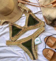 33 New Ideas crochet bikini green bathing suits Green Bikini, Cute Bathing Suits, Cute Swimsuits, Swimwear Fashion, Crochet Bikini, Beachwear, Girl Outfits, Projects, Handmade