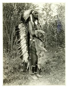 J. Dixon photograph of White Man Runs Him, a Crow which was the chief of Custer's Seventh Cavalry Indian Scouts during the Battle of Little Big Horn. After reporting to Custer the position of the enemy camp, White Man Runs Him and the other scouts were ordered to the rear of the Army lines, which saved their lives.