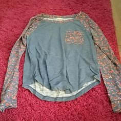 Floral top Floral top with front pocket Mossimo Supply Co. Tops Tees - Long Sleeve