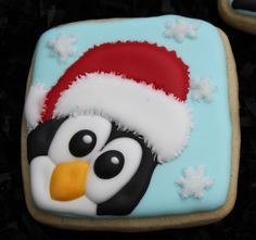 This listing is for 1 dozen adorable Penguin Sugar Cookies. Each Penguin has his own personality! You may choose from penguins with Santa hats Penguin Cookies Christmas, Iced Cookies, Christmas Sweets, Holiday Cookies, Christmas Baking, Reindeer Christmas, Christmas Holiday, Christmas Decorations, Cupcakes