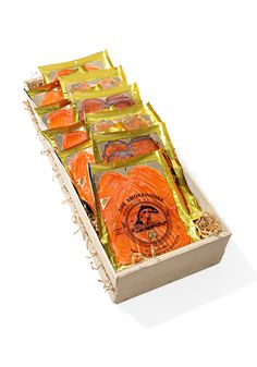 Even Gayle, who isn't a big fan of smokes salmon, loved these hand-cut slices from Norway, Scotland and the Faroe Islands. Hostess Gifts, Holiday Gifts, Grilled Lobster, Warm Food, Food Packaging Design, Order Food, Gadget Gifts, Fish And Chips, Smoked Salmon