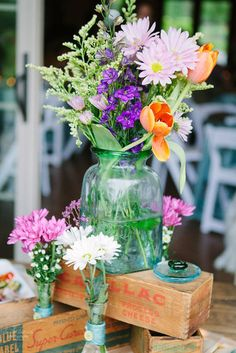 Colorful flower bouquet for the table | Emily Lapish Photography
