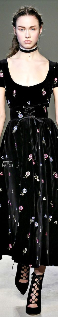 ❇Téa Tosh❇ Luisa Beccaria, Fall 2016, Ready-to-Wear