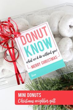 Save your sanity this holiday season with these 17 dead simple Christmas neighbor gifts! Each neighbor gift idea comes with a printable tag. Christmas Thank You Gifts, Christmas Things To Do, Neighbor Christmas Gifts, Neighbor Gifts, Homemade Christmas Gifts, Holiday Gifts, Christmas Thoughts, Santa Gifts, Holiday Fun