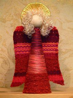 Portable Saori Weaving For Kids and Moms On The Go Christmas Angels, Christmas Holidays, Christmas Crafts, Crafts To Do, Yarn Crafts, Diy Crafts, Angel Ornaments, Holiday Ornaments, Wood Ornaments