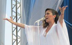 Maria Rita canta no Parque da Juventude em São Paulo