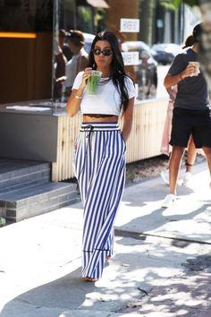 kourtney kardashian outfits best outfits - Page 7 of 101 - Celebrity Style and Fashion Trends Kourtney Kardashian, Estilo Kardashian, Kardashian Kollection, Kardashian Style, Kardashian Girls, Kardashian Workout, Kardashian Fashion, Kardashian Jenner, Summer Fashion Trends