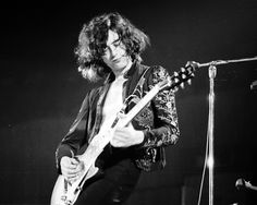 Jimmy Page. How 10 Guitar Gods Got Started Pictures - Jimmy Page | Rolling Stone