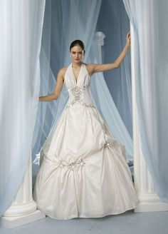 Ball gown taffeta sleeveless bridal gown