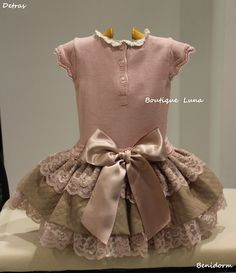 BOUTIQUE LUNA : CARMEN TABERNER Baby Girl Dress Patterns, Baby Clothes Patterns, Little Dresses, Little Girl Dresses, Baby Dress, Cute Dresses, Girls Dresses, Kind Mode, Doll Clothes