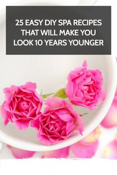 These Easy, fast DIY Spa Recipes use less than 5 natural ingredients per recipe and Will Make You Look 10 Years Younger. Perfect for a spa day at home. Pamper Days, Dandruff Remedy, Home Spa Treatments, Spa Night, Bath Recipes, Dark Circles Under Eyes, Spa Day At Home, Diy Spa, Body Wraps