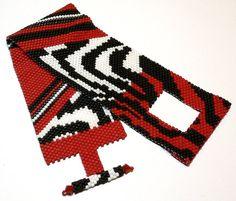Zebra safari peyote beadweaving bracelet by daxbeadartpatterns, $7.00