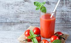 Hier finden sie ein köstliches grünes Smoothie Rezept zum selber machen. Löwenzahn-Tomate Smoothie ist schnell zubereitet und steckt voller Energie.