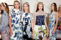 Headbands at Michael van der Ham Fashion News, Fashion Beauty, Online Fashion Magazines, How To Make Headbands, Vintage Buttons, Flower Power, Catwalk, New Look, Fashion Forward