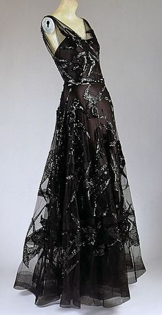 Vionnet Date:fall/winter 1938–39