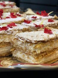 Μιλφέιγ με φρέσκο τυρί κρέμα Tiramisu, Pie, Sweets, Ethnic Recipes, Desserts, Food, Cakes, Torte, Tailgate Desserts