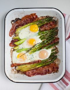 One-pan crispy bacon and roasted asparagus with baked eggs. #breakfast #paleo #bacon