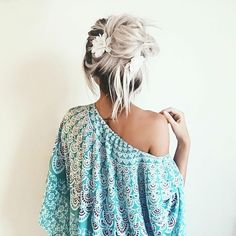 Image about hair in cute clothes,outfits,hats 💖 by PrincessJayleen🎀 Unique Hairstyles, Messy Hairstyles, Pretty Hairstyles, Hair A, Her Hair, My Hairstyle, Beach Wear, About Hair, Hair Designs